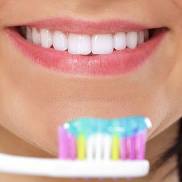 wybielanie zębów opole